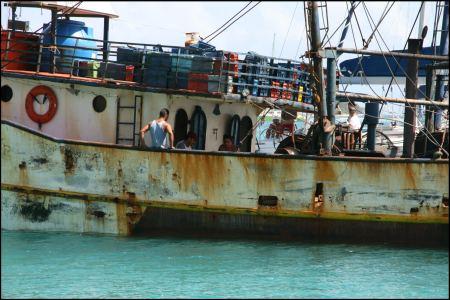 1-machen-schiffen-mochten-man-nicht-im-dunklen-begenen.jpg