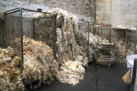 .... hier nach (Schaf) Wollsorten sortiert und ....
