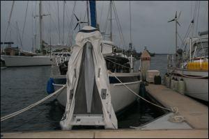 11-dinghy-zum-trocknen-aufgehangt.jpg