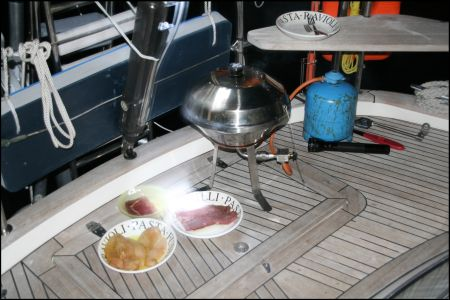 11-grill-wird-eingeweiht.jpg