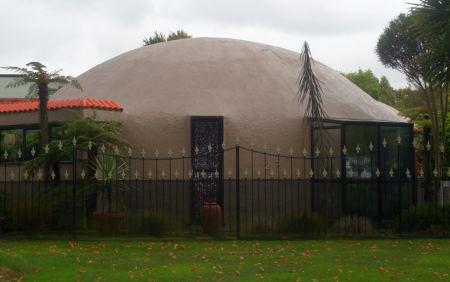 In Christchurch gibt es außergewöhnliche Architektur. Hier ein Einfamilienhaus.