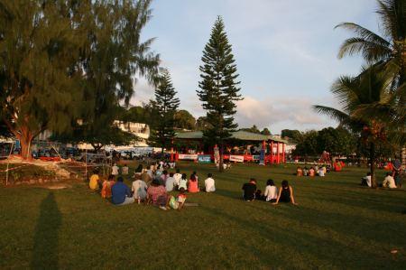 In Port Vila ist oft etwas los. Hier findet mitten in der Woche am späten Nachmittag ein Konzert statt.