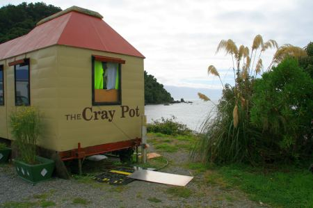 19-jackson-bay-rest-cray-pot