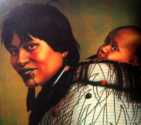 Maori Frau mit Kind. Frauen trugen an Kinn und Lippen Moko. Moko ist eine Tätowierung, die z.B. bei Männern das ganze Gesicht bedeckt und ein Zeichen für den hohen Rang eines Führers ist.