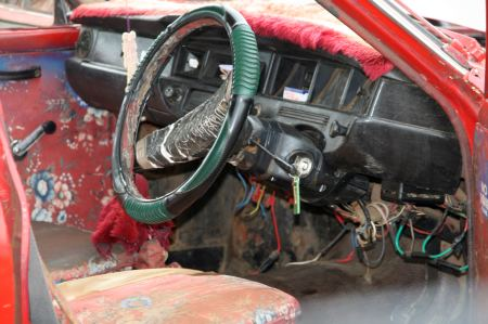 Der Wagen von innen. 35 Jahre.