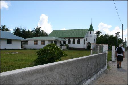 3-gepflegte-katholische-kirche.jpg