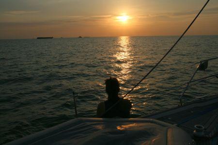 Unterwegs erleben wir wunderbare Sonnenuntergänge.
