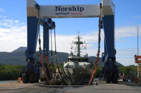 68 Meter langes Schiff der Marine.
