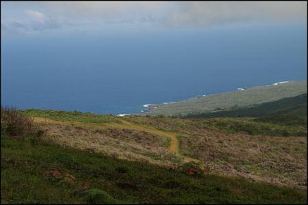 7-landschaft-vom-krater-aus.jpg