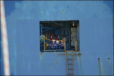 82-begegnungen-luke-blaues-schiff.jpg