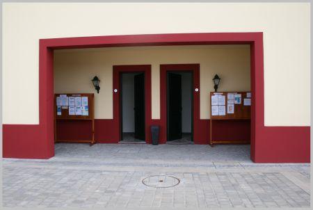 eingang-sanitar-anlagen.jpg