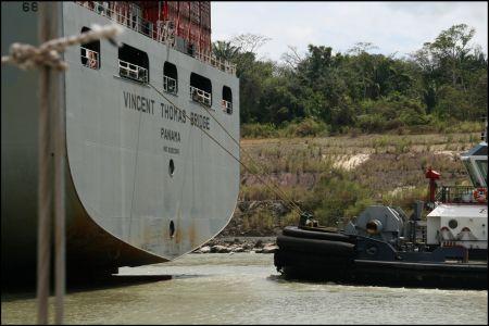 tackboote-schieben-das-schiff-neu.jpg